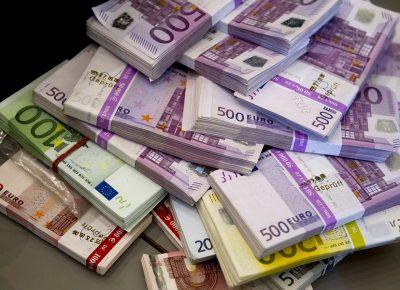 euro11527104337